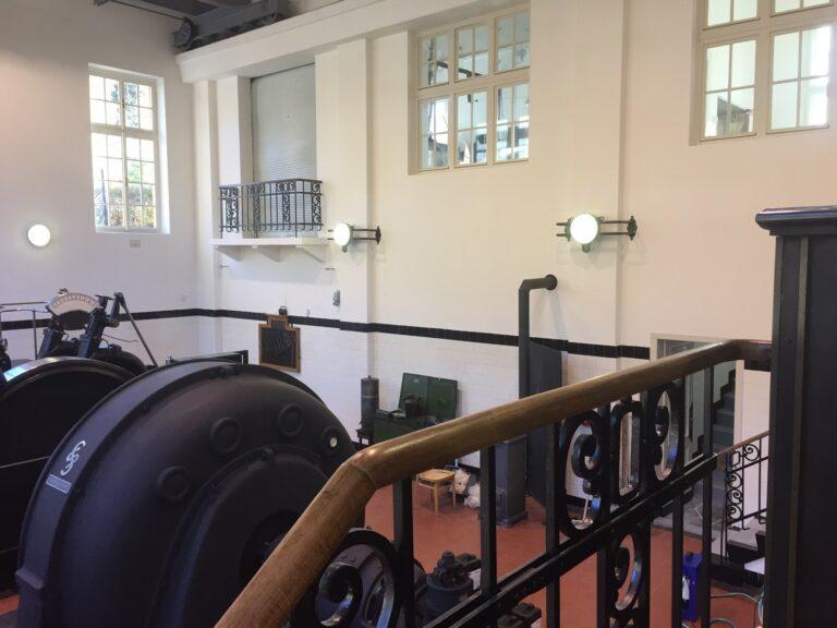 Pro kulturní památku, vodní elektrárnu v Rudolfově, byly vyrobeny RAKO repliky obkladů z 30. let